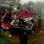 यात्री बस खायी मे गिरा पूर्व राज्यमंत्री समेत 7की मौत40घायल—